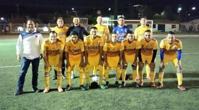 Chu Carrillo-La Chole gana a Leones de La Che por 7 goles a 0