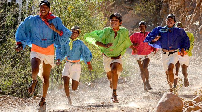 Cuando los legendarios rarámuris vencieron a Ann Trason, la mejor maratonista