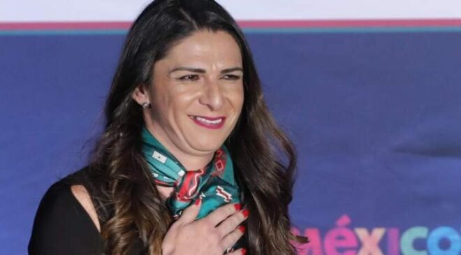 Ana Guevara cuestiona a boxeadoras por exhibir uniformes del equipo de softbol en la basura